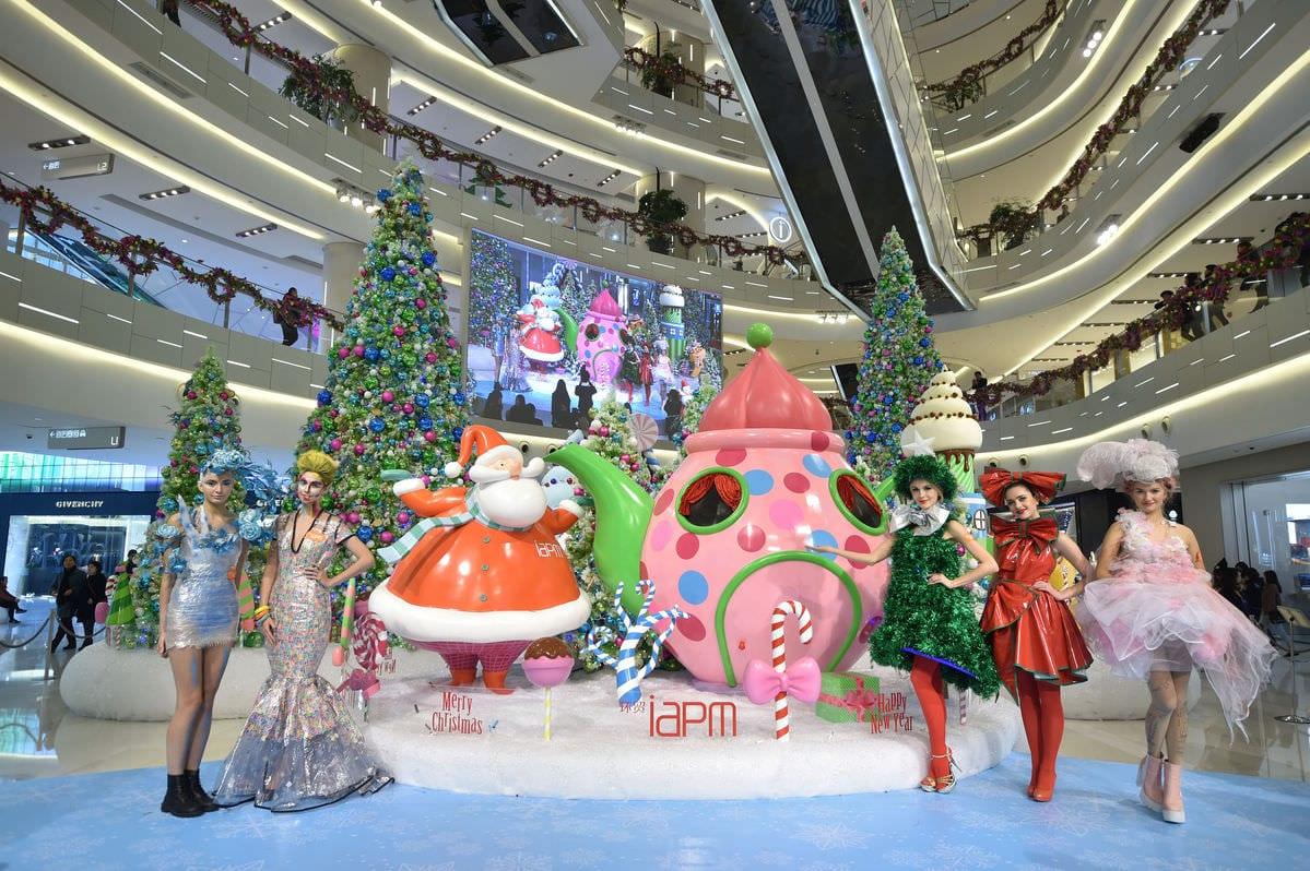 figure 1 -china-dubai-get-into-the-christmas-shopping-spirit