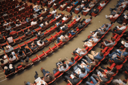 4 proven ways to generate website leads at events