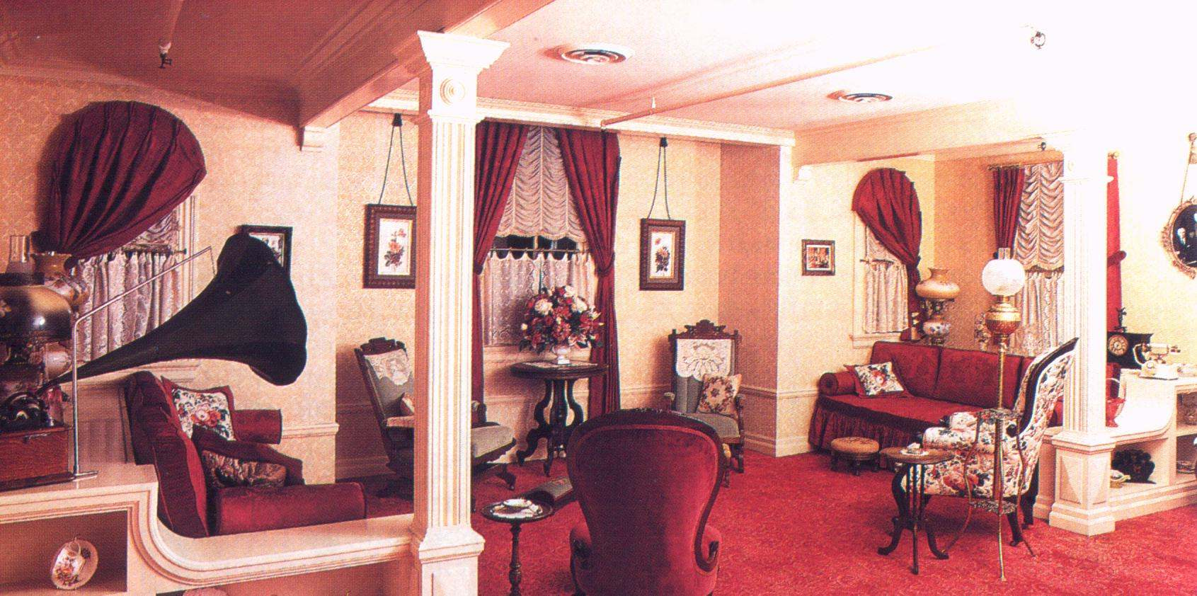 Walt Disney Apartment